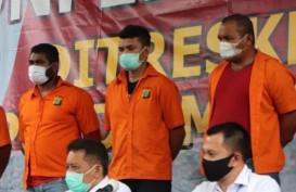 BERITA FOTO: John Kei Kenakan Baju Tahanan di Polda Metro Jaya