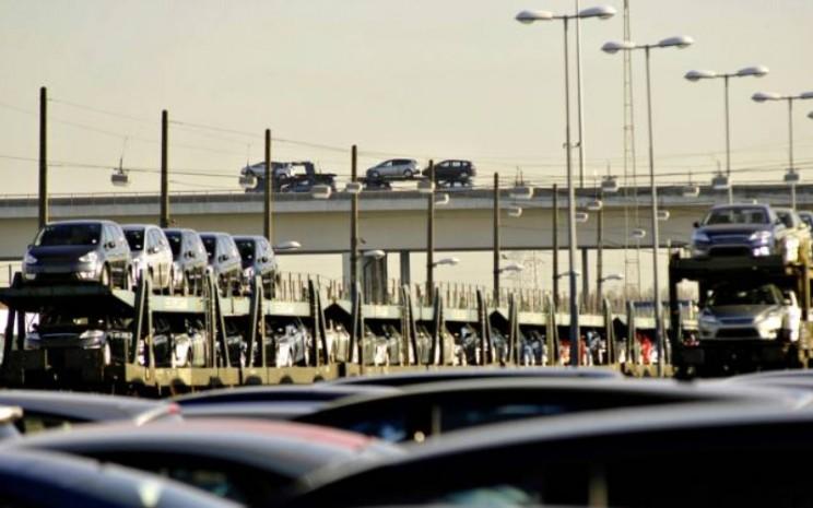 Distribusi mobil dari pabrikan ke dealer.  - ACEA