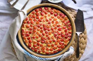 Begini Resep Dessert Sour Cherry dan Polenta Tart ala Michelin Star