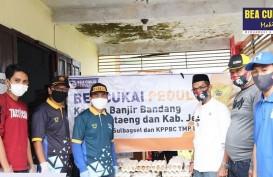 Peduli Korban Bencana Banjir, Bea Cukai Sumbang Ratusan Paket Sembako