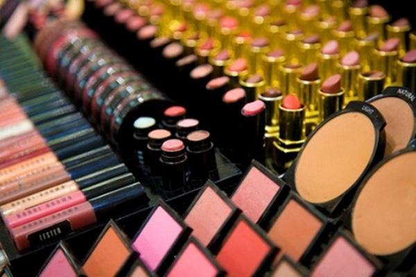 Ilustrasi sejumlah produk kosmetik