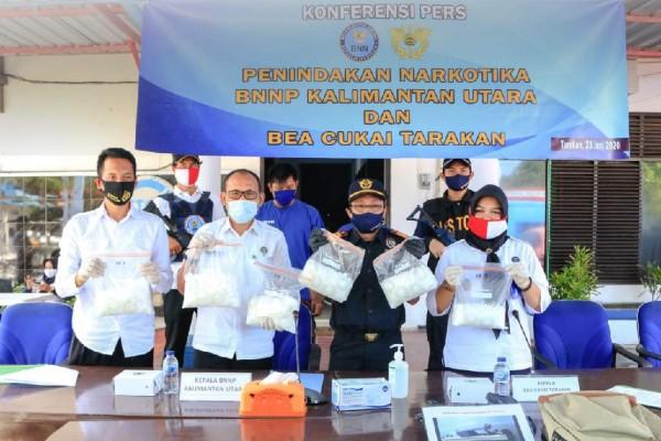 Di Tengah Pandemi Covid-19, Bea Cukai Tarakan dan BNNP Gagalkan Penyelundupan 6Kg Sabu