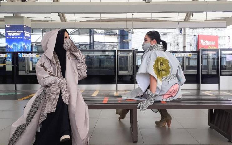 NA.FASH adalah New Normal Fashion, dilengkapi dengan bahan antibakteri dan scraf. - istimewa