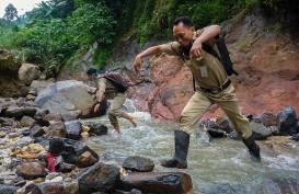 Foto-Foto Perjuangan Guru Tanpa Akses Internet di Tengah Pandemi Covid-19