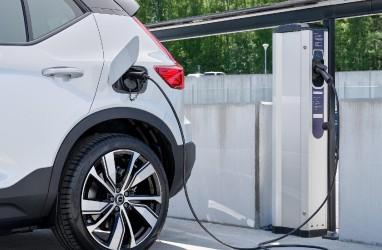 Volvo Cars Gandeng Plugsurfing Sediakan 200.000 Pengisian Daya
