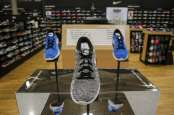 Pandemi Hantam Penjualan, Saham Nike Tumbang