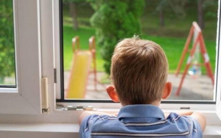 Ilustrasi anak kesepian