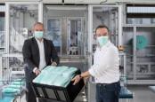 Mercedes-Benz Produksi Masker di Pabrik Sindelfingen