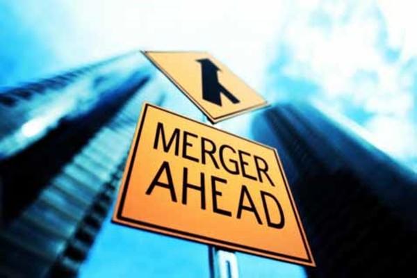 nilai merger dan akuisisi anjlok 50 persen pada paruh pertama tahun ini dari periode yang sama tahun sebelumnya.