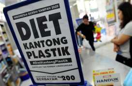 Larangan Kantong Plastik : Mulus di Ritel Modern, Terganjal di Pasar Tradisional