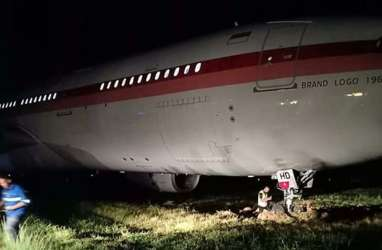 Pesawat Garuda Indonesia Tergelincir di Bandara Hasanuddin
