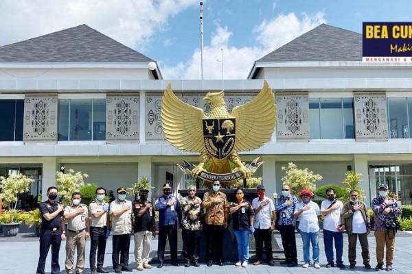 Bea Cukai Jayapura Fasilitasi Repatriasi 48 WNI dan Staf KJRI dari Papua Nugini
