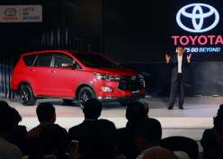 Toyota Innova Duduki Singgasana Raja Mobil Diesel
