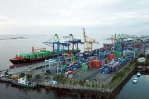 Ekspor Melalui Pelabuhan Sulawesi Selatan Mengalami Penurunan Karena Pandemi Covid-19