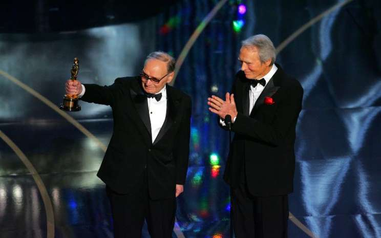 Komposer Ennio Morricone saat menerima penghargaan