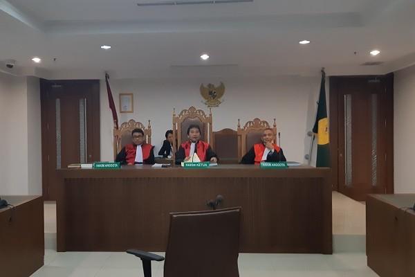 Majelis Hakim Pengadilan Niaga Jakarta Pusat menggelar sidang perkara permohonan penundaan kewajiban pembayaran utang (PKPU) di Jakarta, Kamis (8/11/2018). -Bisnis.com - Samdysara Saragih