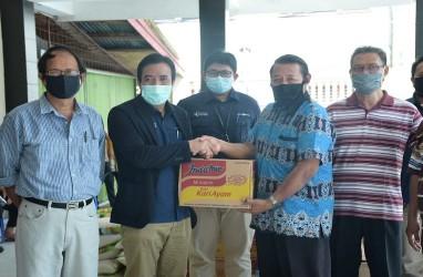 Peduli Dampak Covid-19, Pupuk Kaltim Salurkan 76 Paket Sembako bagi Pendeta dan Pembina Rohani BKAG Bontang