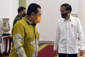 Presiden Joko Widodo Temui Pimpinan MPR Bahas Isu Kebangsaan