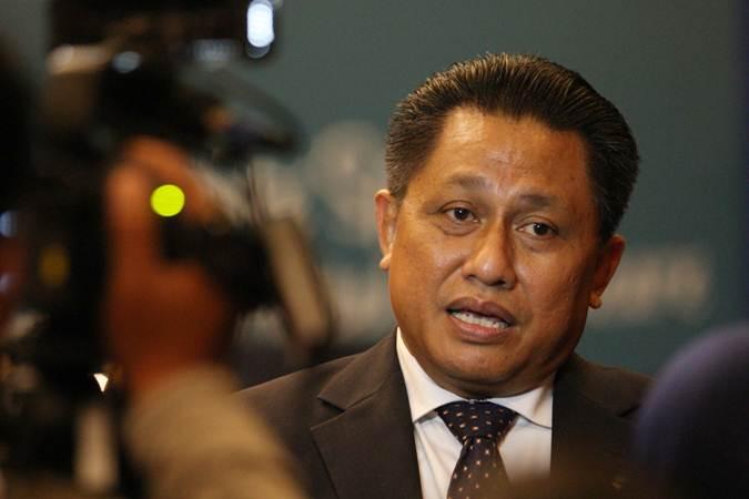 Direktur PT Indofarma Tbk Herry Triyatno memberikan penjelasan kepada awak media seusai rapat umum pemegang saham tahunan dan luar biasa di Jakarta, Selasa (7/5/2019). - Bisnis/Dedi Gunawan