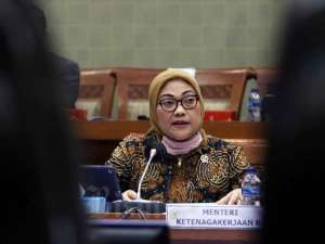 Menaker Ida Fauziyah Raker Dengan DPR Bahas Perlindungan Ketenagakerjaan di Tengah Pandemi Covid-19