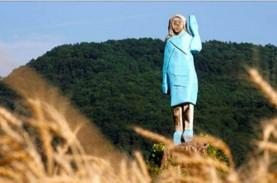 Duh! Patung Istri Trump Dibakar di Negerinya Sendiri