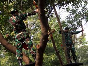 Prajurit Korps Marinir Ikuti Lomba Memanah