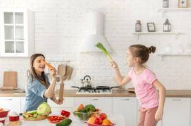 Tips Aman & Menyenangkan Memasak Bersama si Kecil