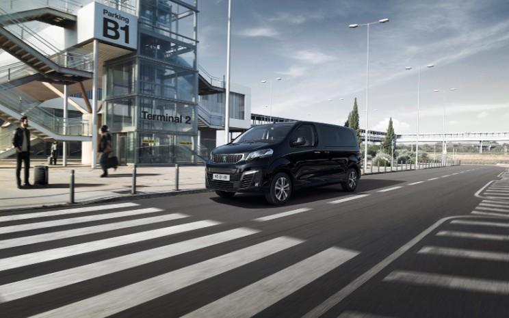 Peugeot e-Traveller. - Puegeot