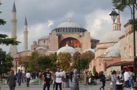 Diubah Jadi Masjid, Hagia Sophia Viral di Twitter