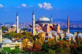 Hagia Sophia Resmi Jadi Masjid, Salat Pertama Digelar…