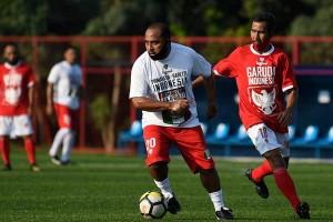 Para Legenda Pemain Timnas Indonesia Beradu Skill Saat Reuni di Lapangan Hijau