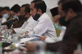 Jokowi Minta Menteri Tak Sekadar Beri Laporan Penanganan…