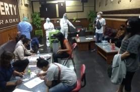 Ratusan Pekerja Hiburan Malam di Cirebon Ikuti Tes…
