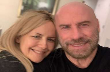 Kelly Preston, Istri John Travolta Meninggal Dunia Karena Kanker Payudara