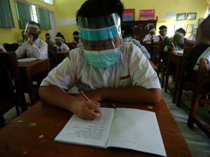 Masih Berada di Zona Merah, Sekolah di Tegal Terapkan Protokol Kesehatan