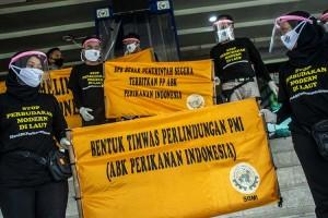 SBMI Gelar Aksi Menolak Pebudakan ABK Kapal di DPR