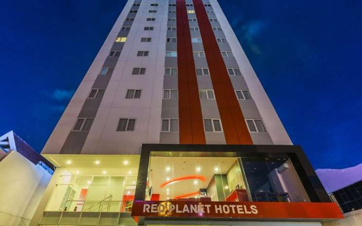 Red Planet Hotel Makassar, salah satu hotel dalam jaringan hotel Red Planet. PT Red Planet Indonesia Tbk. menargetkan tingkat penghunian kamar atau okupansi bisa mencapai 63 persen hingga akhir 2020. - redplanetindonesia.com