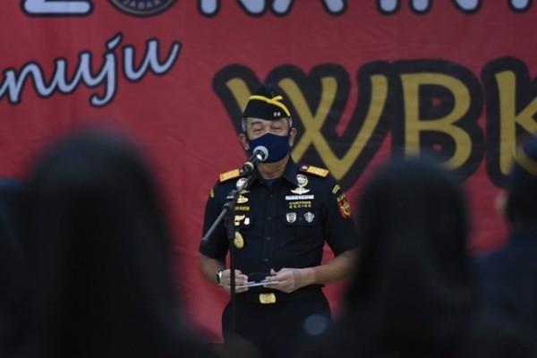 Wujudkan Birokrasi Bersih Melayani, Bea Cukai Jawa Barat Canangkan Zona Integritas