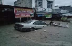 Banjir Bandang Luwu Utara Sulsel, Akses Jalan Antar Kabupaten Tertutup Lumpur