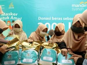 Bank Syariah Mandiri Ajak Melenial Berdonasi Dengan Hanya Upload Foto Bermasker
