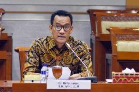 Jokowi Bubarkan 18 Lembaga Negara, Refly Harun: Dimulai…