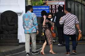 Jokowi Minta Artis Sosialisasi Protokol Kesehatan…
