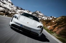 Ilmuwan Sebut Porsche Taycan Mobil Paling Inovatif