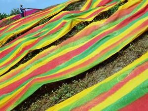 Kain Pantai Produksi Rumahan di Sukoharjo Menembus Pasar Nasional