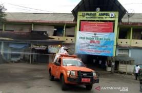 Pasar Ampel Boyolali Ditutup Tiga Hari, Petugas Semprotkan…