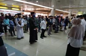 Ratusan Santri Batam Kembali ke Pondok di Jawa