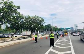 Demo RUU Omnibus Law Cipta Kerja dan HIP di Depan Gedung DPR, Exit Tol MPR/DPR Dialihkan