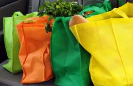 Perangi Sampah Plastik, Gunakan 5 Tas Ramah Lingkungan Ini