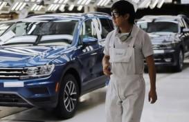 Penjualan Mobil di Eropa Merangkak Naik, Meski Masih Terpukul