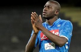 Diincar Man City, Koulibaly Nyatakan Masih Fokus dengan Napoli